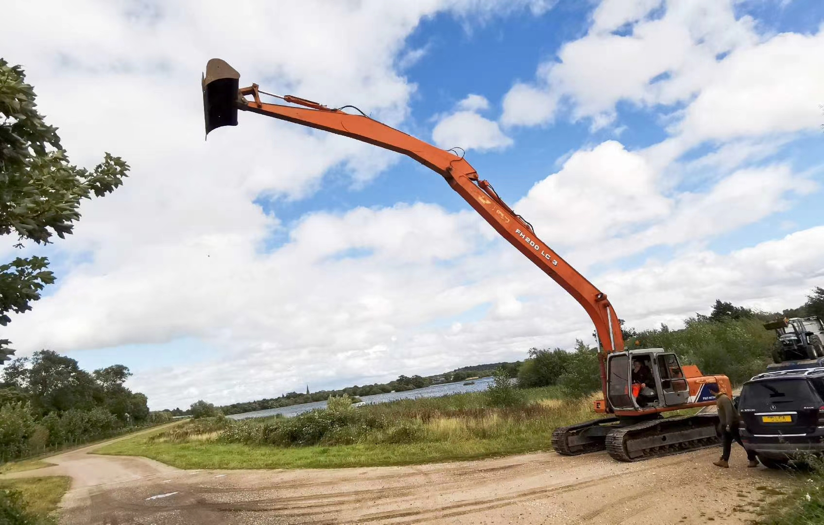 21 Ton Long arm digger for river and lake works